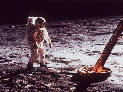 Apollo 11 Lunar Modul, Moon Walk--Photographic Print