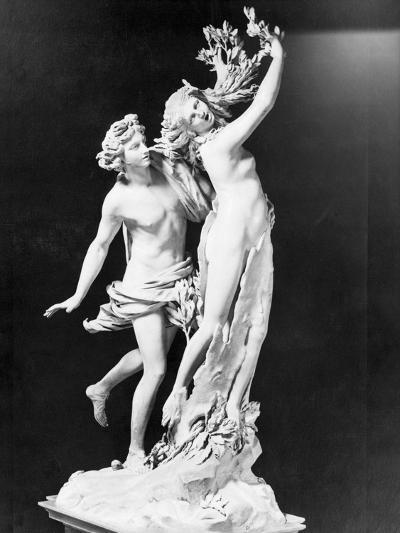 Apollo and Daphne by Gian Lorenzo Bernini--Photographic Print