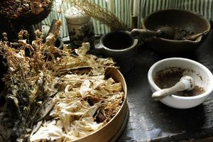 Apothecary's, Ancient Herbalism