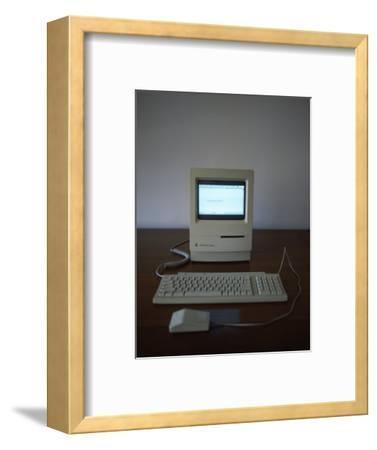 Apple Macintosh Classic Desktop PC