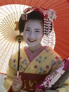 Apprentice Geisha (Maiko), Woman Dressed in Traditional Costume, Kimono, Kyoto, Honshu, Japan
