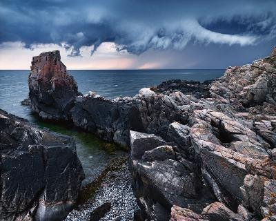 Approaching Storm-Hans Strand-Art Print