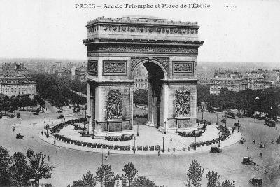 Arc De Triomphe and Place De L'Etoile, Paris, France, Early 20th Century--Giclee Print
