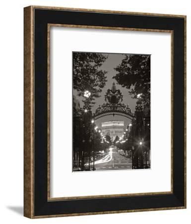 Arc de Triomphe, Paris, France-Peter Adams-Framed Photographic Print