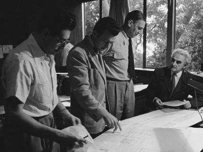 Architect Richard Neutra Going over Designs with Staff-Ed Clark-Photographic Print