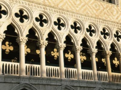 Architectural Detail of the Palazzo Ducale (Doge's Palace), Venice, Veneto, Italy, Europe-Sergio Pitamitz-Photographic Print