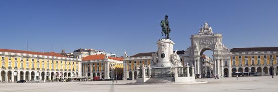 Arco da Rua Augusta triumphal arch, King Jose I Monument, Praca do Comercio, Baixa, Lisbon, Portuga-Markus Lange-Photographic Print