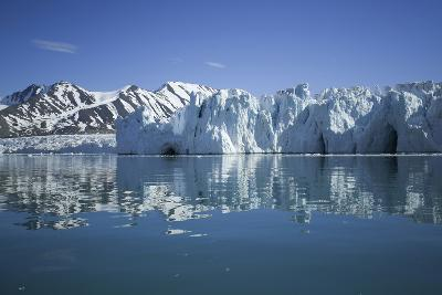 Arctic, Svalbard Archipelago, Spitsbergen, Liefdefjorden-Aliscia Young-Photographic Print