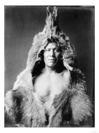 Arikara Indian Wearing Bear Skin Edward Curtis Photograph-Lantern Press-Art Print