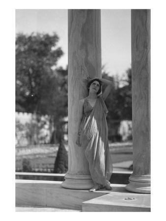 Vanity Fair - August 1920 - Teresa Duncan Leans on Column