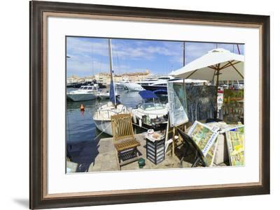 Art for sale by the harbour, Saint Tropez, Var, Cote d'Azur, Provence, France, Europe-Fraser Hall-Framed Photographic Print