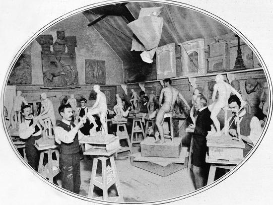 Art students in a sculpture modelling class, London, c1900 (1901)-Unknown-Photographic Print