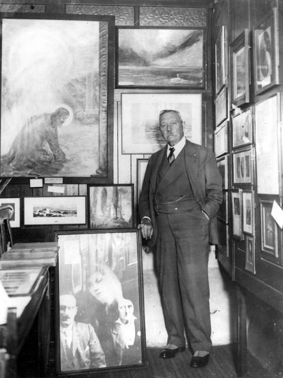 Arthur Conan Doyle--Photographic Print