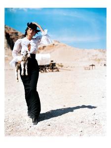 Vogue - June 2001 by Arthur Elgort
