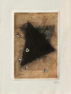 Triangle noir by Arthur Luiz Piza