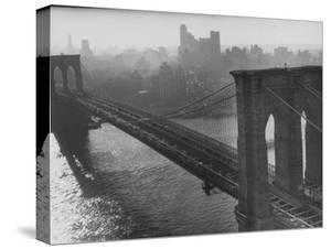 The Brooklyn Bridge by Arthur Schatz