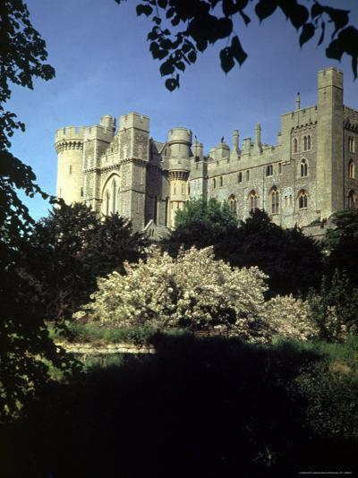 Arundel Castle-David Scherman-Photographic Print