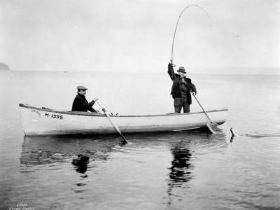 Holmes Harbor, Whidbey Island, Landing Fish, 1931