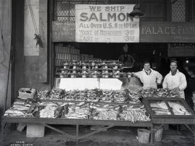 Palace Fish Market, Seattle, 1925