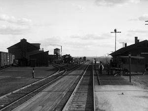 Railroad Tracks at Othello, WA, 1911 by Asahel Curtis
