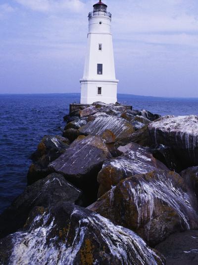 Ashland Breakwater Lighthouse, WI-Ken Wardius-Photographic Print