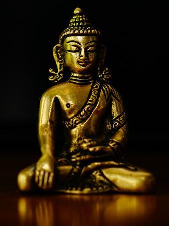 https://imgc.artprintimages.com/img/print/asia-buddha-yoga-symbol_u-l-f8qhux0.jpg?p=0