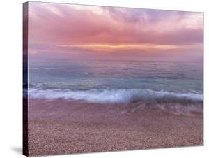 Beautiful Tides by Assaf Frank