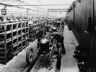 Assembly Line of the Morris Bullnose, Cowley, Oxfordshire, 1925--Photographic Print
