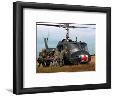 Vietnam War U.S. Helicopter