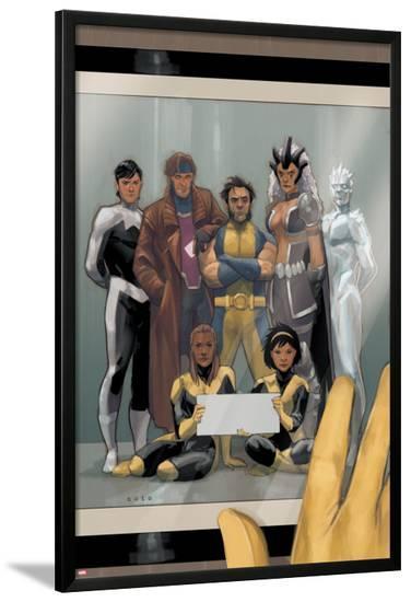 Astonishing X-Men #68 Cover: Wolverine, Gambit, Warbird, Iceman, Northstar, Reyes, Cecilia, Karma-Phil Noto-Lamina Framed Poster