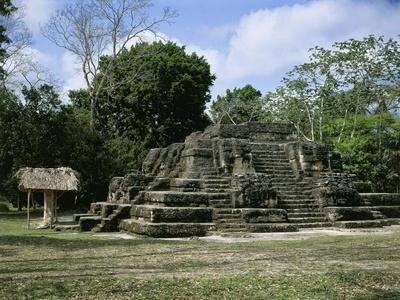 https://imgc.artprintimages.com/img/print/astronomical-observatory-of-the-archaeological-mayan-site-of-uaxactun-in-peten_u-l-pq3cjh0.jpg?p=0