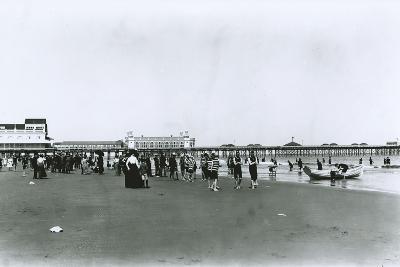 Atlantic City Beach, New Jersey-G.P. & Son Hall-Photographic Print