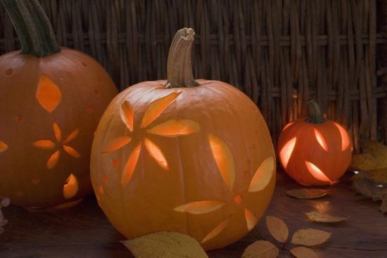 Atmospheric Pumpkin Lanterns-Foodcollection-Photographic Print