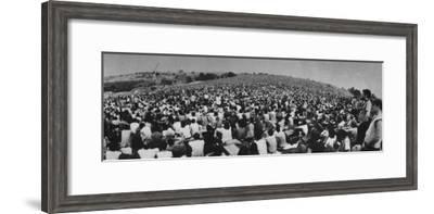 Audience at Woodstock Music Festival-John Dominis-Framed Premium Photographic Print