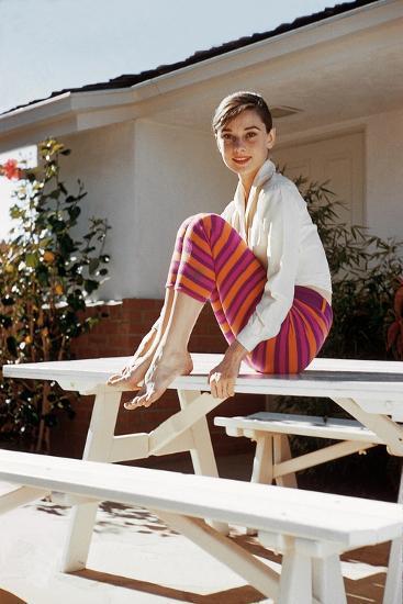 Audrey Hepburn 1954--Photo