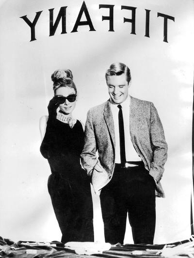 Audrey Hepburn and George Peppard in Breakfast at Tiffany's, 1960--Photographic Print