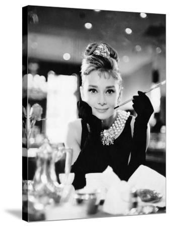 Audrey Hepburn -Breakfast at Tiffanys B&W