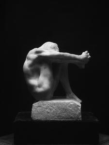 Le Désespoir by Auguste Rodin