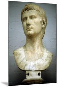 Augustus Caesar - Gaius Julius Caesar Octavianus (63 BC-14 A), First Roman Emperor