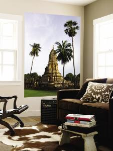 Wat Phra Si Ratana Mahathat Framed by Palms by Austin Bush