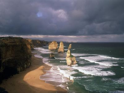 Australia, Port Campbell NP. Twelve Apostles Rock Formation-Howie Garber-Photographic Print