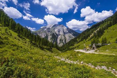 Austria, Tyrol, Karwendel Mountains, Alpenpark Karwendel, Alpine Village 'Eng'-Udo Siebig-Photographic Print
