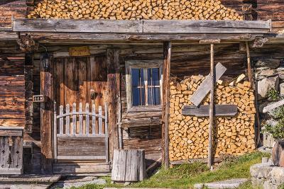 Austria, Tyrol, S?lllandl, Kaisergebirge, Scheffau, Mountain Hut at Brandstadl-Udo Siebig-Photographic Print
