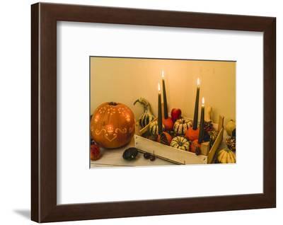 autumnal decoration, pumpkins, candles,-mauritius images-Framed Photographic Print
