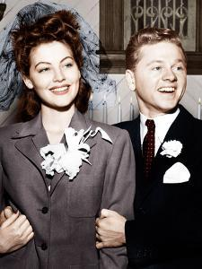 Ava Gardner and Mickey Rooney after their wedding, January, 1942