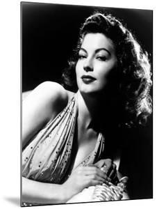 Ava Gardner, Ca. Mid-1940s