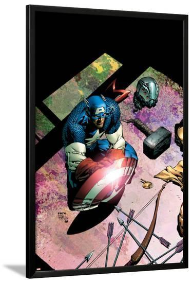 Avengers No.503 Cover: Captain America and Mjolnir-David Finch-Lamina Framed Poster