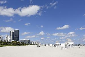 Beach Area '14 St', Service Stations, Atlantic Ocean, Miami South Beach, Art Deco District by Axel Schmies