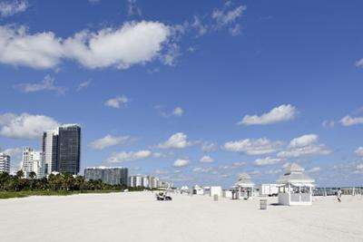 Beach Area '14 St', Service Stations, Atlantic Ocean, Miami South Beach, Art Deco District by Axel Schmies