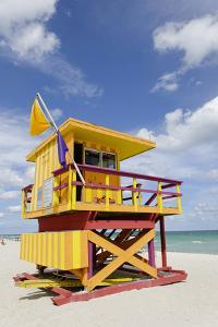 Beach Lifeguard Tower '3 Sts', Atlantic Ocean, Miami South Beach, Art Deco District, Florida, Usa by Axel Schmies